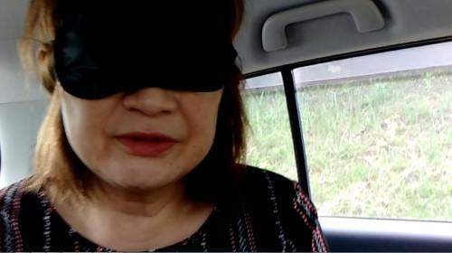 【個人撮影】50代熟女人妻のノーハンドフェラで口内射精!-1